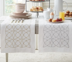 Sferra Dutchess Table Runners