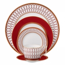 Wedgwood Renaissance Red