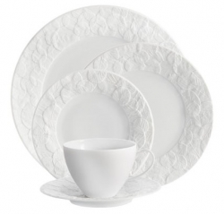 Michael Aram Forest Leaf Dinnerware