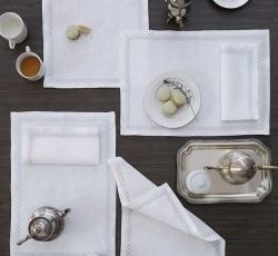 Sferra Perry Table Linens