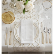 Sferra Dutchess Table Runner 15X108 - White / Gold