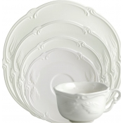 Rocaille White 5 Pc. Setting