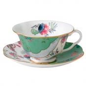 Teacup & Saucer Set /Butterfly Posy