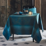"Isaphire Emerald Tablecloth - 69""X69"""