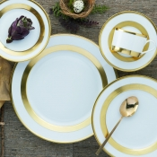 William Gold Five Piece Place Setting