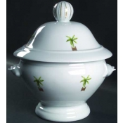 Maldives   Footed Soup Tureen With Lid